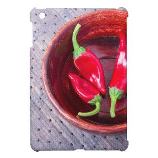 Pimienta roja caliente de los chiles en un cuenco