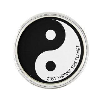 Pin Apenas Yin que visita Yang