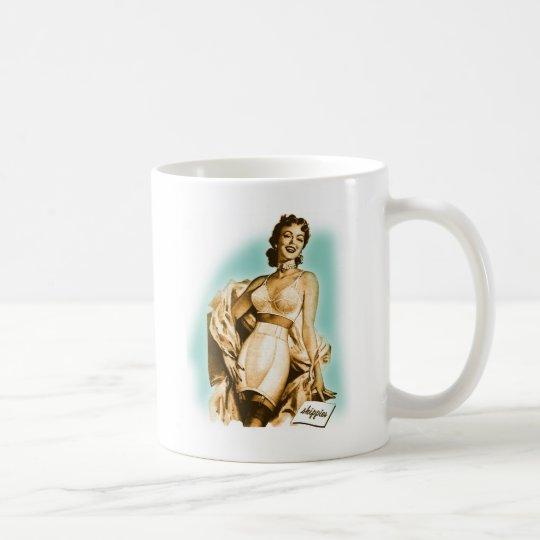 Pin retro del kitsch del vintage encima del taza de café
