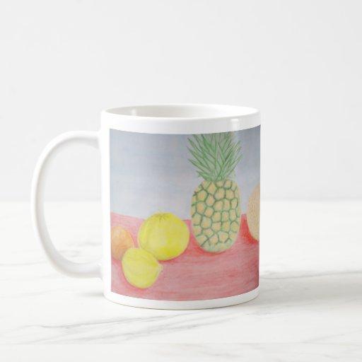 Piña con la pintura de las frutas tazas de café
