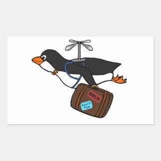 Pingüino del helicóptero del vuelo que viaja con pegatina rectangular
