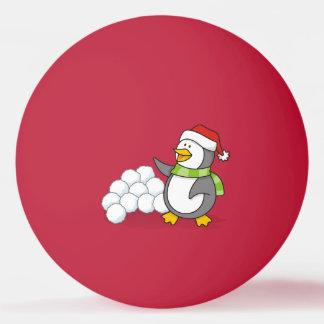 Pingüino del navidad con agitar de las bolas de la
