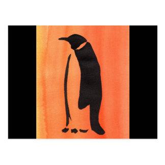 Pingüino en el naranja postal