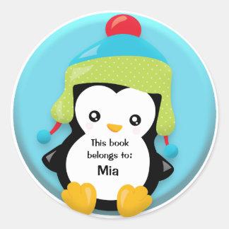 Pingüino lindo con el pegatina azulverde del