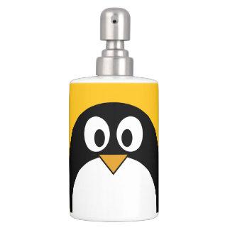 Pingüino lindo y moderno del dibujo animado jaboneras