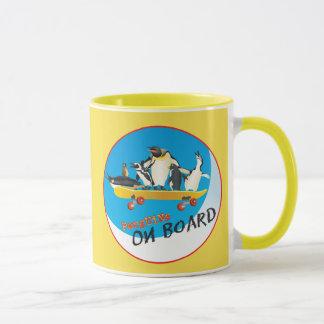 Pingüinos a bordo la taza