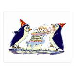 Pingüinos del cumpleaños tarjeta postal