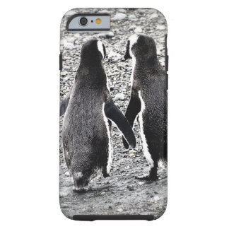 Pingüinos en amor funda para iPhone 6 tough