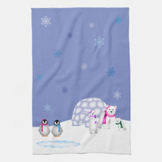 Pingüinos y toalla del tiempo del día de los osos