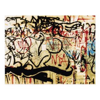 Pintada en una pared postal