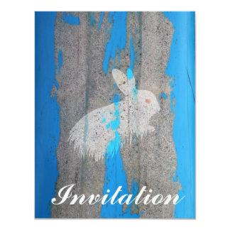 Pintada urbana del conejo invitacion personalizada