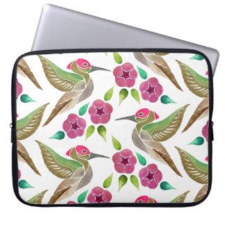 Pintura abstracta del colibrí y de la petunia funda para portátil