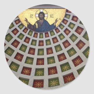 Pintura adornada en el techo de una iglesia pegatina redonda