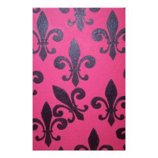 Pintura rosada de la flor de lis papeleria