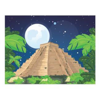 Pirámide azteca postal