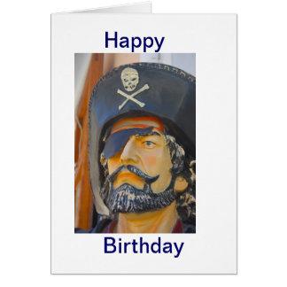 Pirata con la tarjeta de cumpleaños del remiendo d