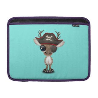 Pirata lindo del reno del bebé funda para MacBook air