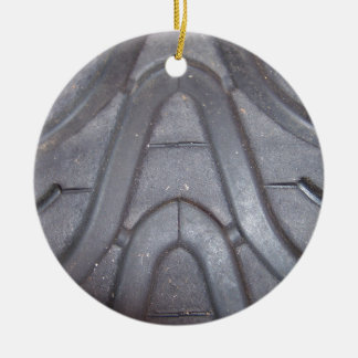 Pisada del neumático adorno navideño redondo de cerámica
