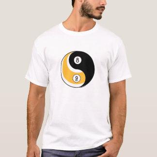 Piscina de Yin y de Yang Camiseta