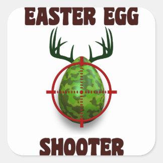 pistola del huevo de Pascua, desgin divertido del Pegatina Cuadrada
