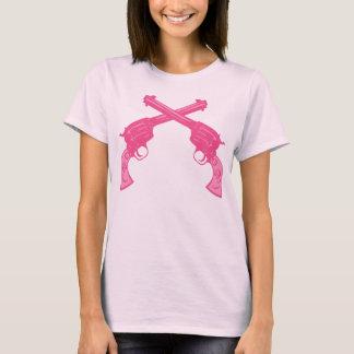 Pistolas cruzadas rosa retro camiseta