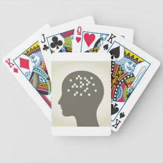 Pixel en una cabeza baraja de cartas bicycle