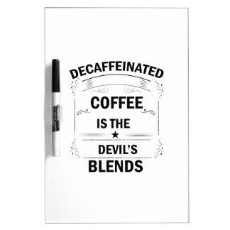 Pizarra Blanca bebida divertida del café