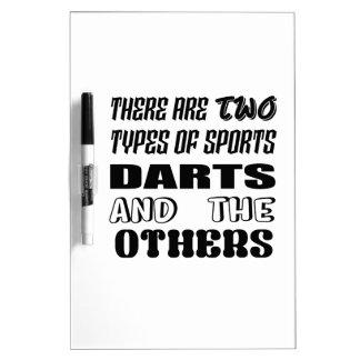 Pizarra Blanca Hay dos tipos de dardos y de otros de los deportes