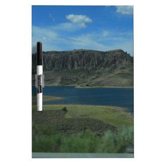 Pizarra Blanca lago en Colorado