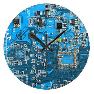 Placa de circuito del friki del ordenador - azul reloj redondo grande
