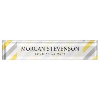 Placa De Nombre Modelo diagonal gris y amarillo de las rayas