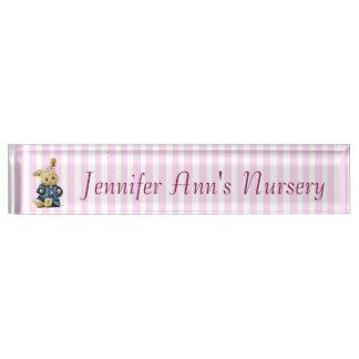Placa De Nombre Nombre rayado rosado personalizado del cuarto de