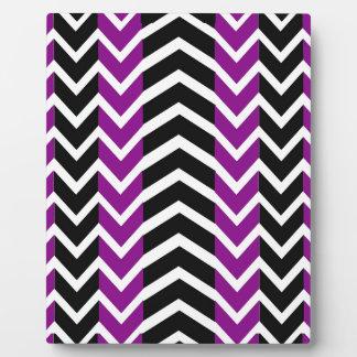 Placa Expositora Ballena púrpura y negra Chevron