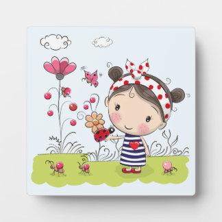 Placa Expositora Chica lindo del dibujo animado con la mariquita en