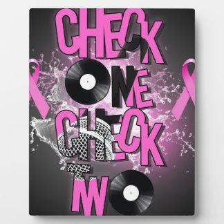 Placa Expositora Conciencia del cáncer de pecho