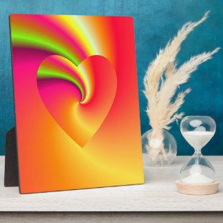 Placa Expositora Corazón del amor del remolino del arco iris