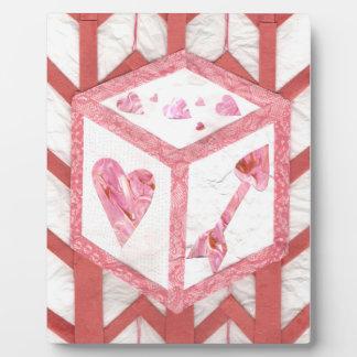 Placa Expositora Dados del amor en un caballete