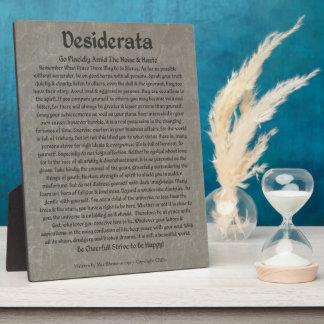 Placa Expositora Desiderátums en el mármol gris