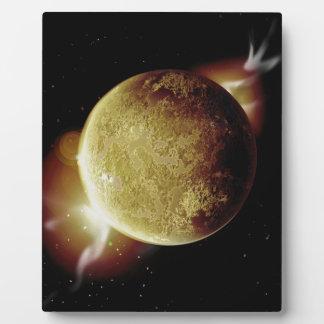 Placa Expositora ejemplo amarillo del planeta 3d en universo