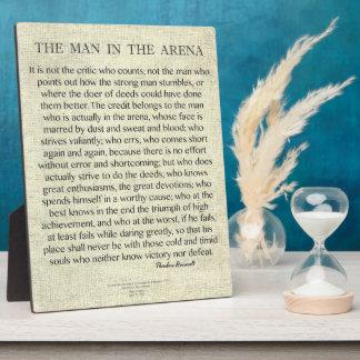 Placa Expositora El hombre en la cita de la arena de Theodore
