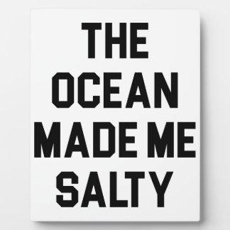 Placa Expositora El océano me hizo salado