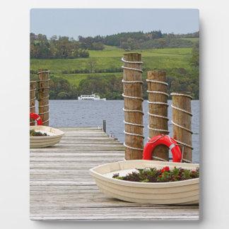 Placa Expositora Embarcadero de la bahía del pato, Loch Lomond,