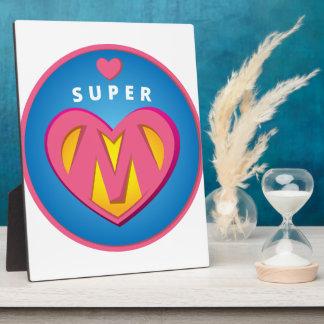 Placa Expositora Emblema divertido de la mamá del Superwoman del