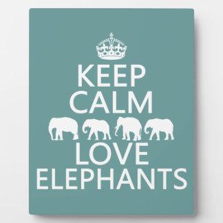 Placa Expositora Guarde la calma y ame los elefantes (los colores