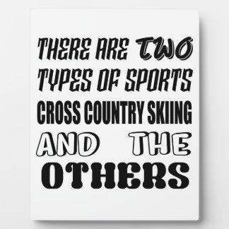 Placa Expositora Hay dos tipos de esquí del campo a través de los