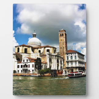Placa Expositora Iglesia de Venecia durante el d3ia