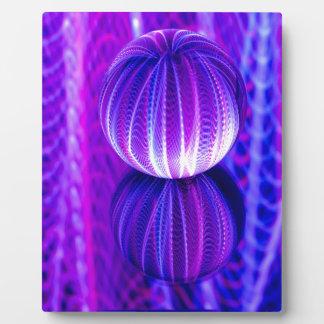 Placa Expositora la bola de cristal refleja