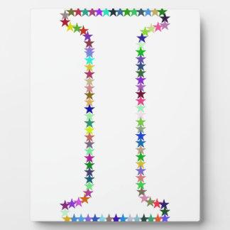 Placa Expositora Letra I de la estrella del arco iris