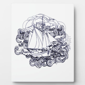 Placa Expositora Nave pegada en la tormenta