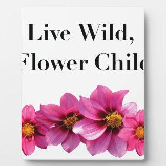Placa Expositora Niño de flor salvaje vivo